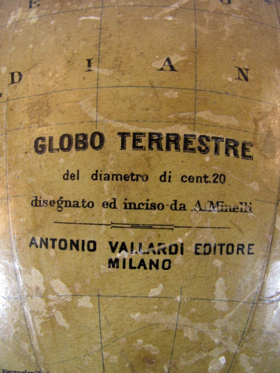 Mappamondo in Cartone Antonio Vallardi Milano