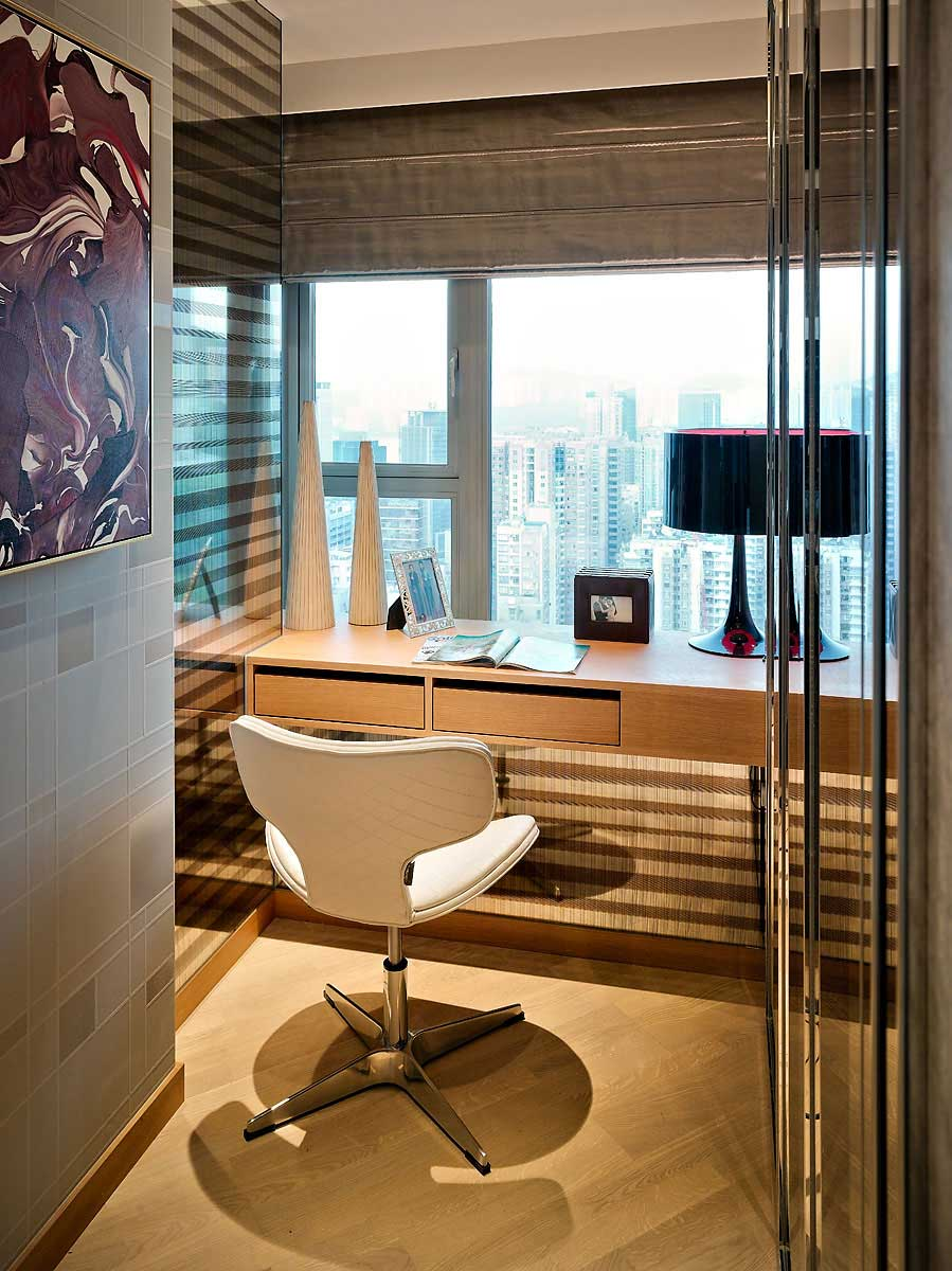 Apartment Work Desk with Hong Kong City View  Interior