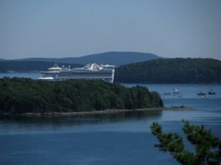 CruiseShipCloseup
