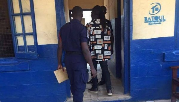 Video: Akoo Nana arrested by the police after posting video speaking against Obour