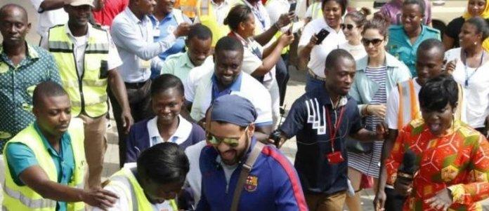 Kumkum Bhagya Stars Ghana airport crowd