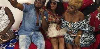 """Photo: Diamond Appiah 'punches' Afia Schwar and Mzbel for having """"roasted plantain skin"""""""