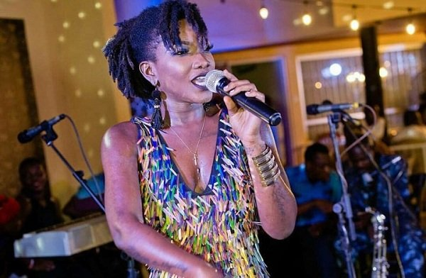 Video: Ebony's boyfriend O'Gee and Manager performs