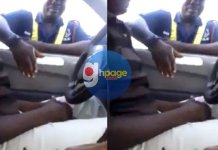 Video: Police Officer taking GHC1 bribe from driver goes viral on social media