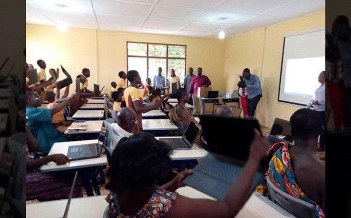 'Computer On The Blackboard' Teacher's School Gets An ICT Lab From Microsoft