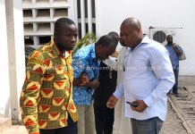 Dr. Obengfo granted bail for no license but still in police custody for murder