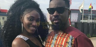 Wendy Shay hangs out with Sarkodie