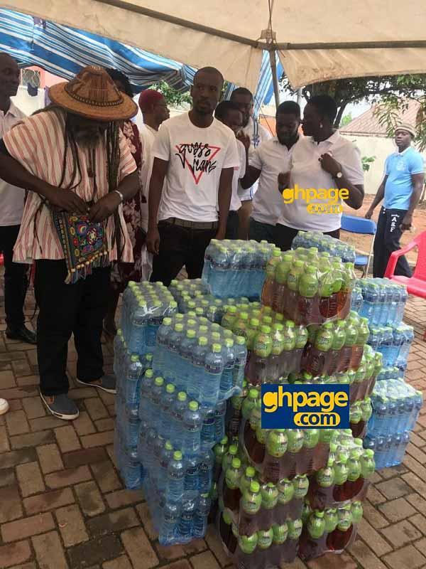 Musiga donates to Okomfo Kwadee at the rehab center