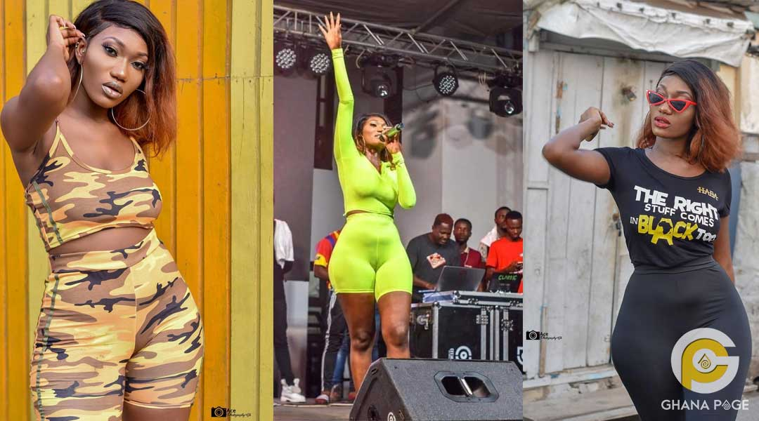 Wendy Shay 11 - Wendy Shay suffers wardrobe malfunction on stage