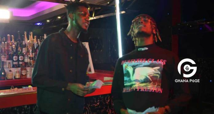 """Video: Ypee promises to spray Big Money on Fans whenever he performs """"Botom"""" with Kofi Mole"""