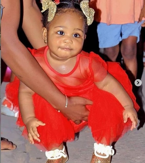 SEE PHOTOS:  Beautiful wife and daughter of music star DJ Arafat 5
