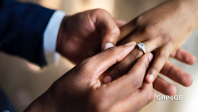 Groom-dies-mysteriously-on-his-wedding-day