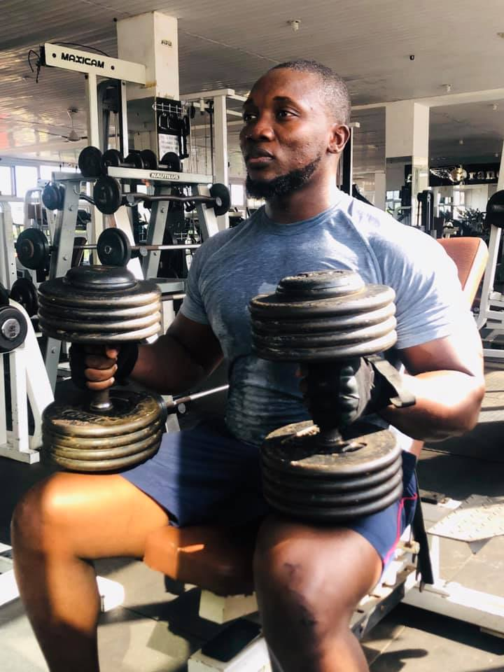 Popular bodybuilder allegedly dies of COVID-19 a few days after his wedding [Photos] 1