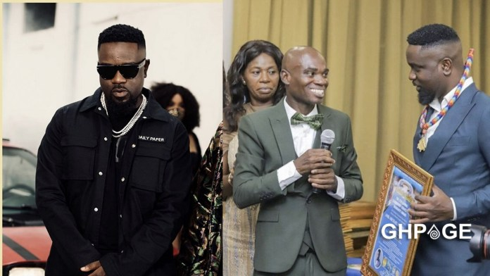 Dr UN threatens to go for awards his from Sarkodie