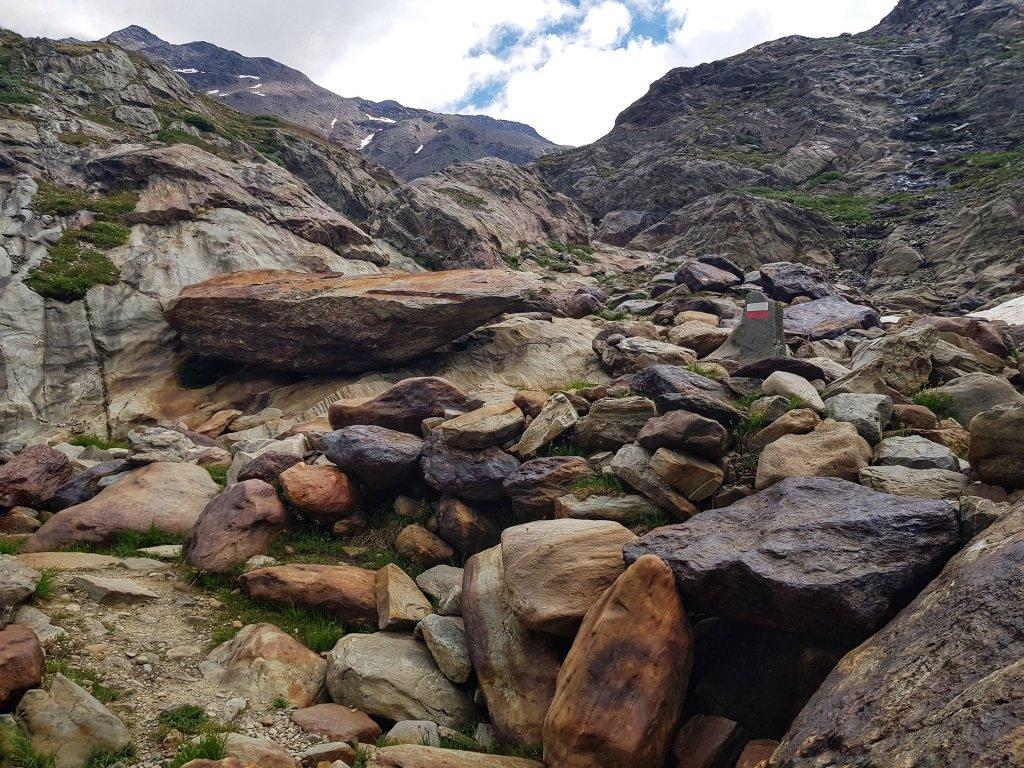 Massi sentiero glaciologico