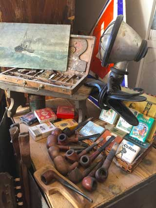 Vintage antiques and modern art