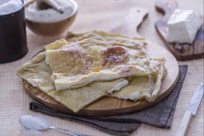 Ricetta Focaccia col formaggio di Recco  La Ricetta di