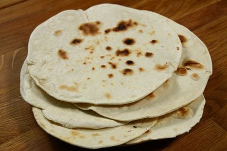 https://i0.wp.com/www.giallozafferano.it/images/ricette/1/105/piadina_450ingr.jpg