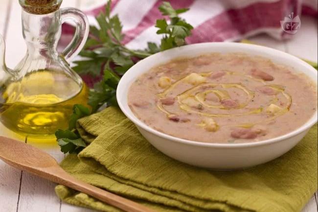 Ricetta Zuppa di patate e borlotti  La Ricetta di