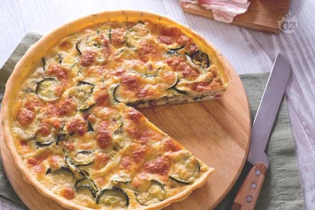 Ricetta Torta salata di zucchine  La Ricetta di GialloZafferano