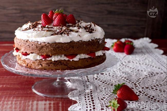 Ricetta Torta cioccolato e fragole  La Ricetta di