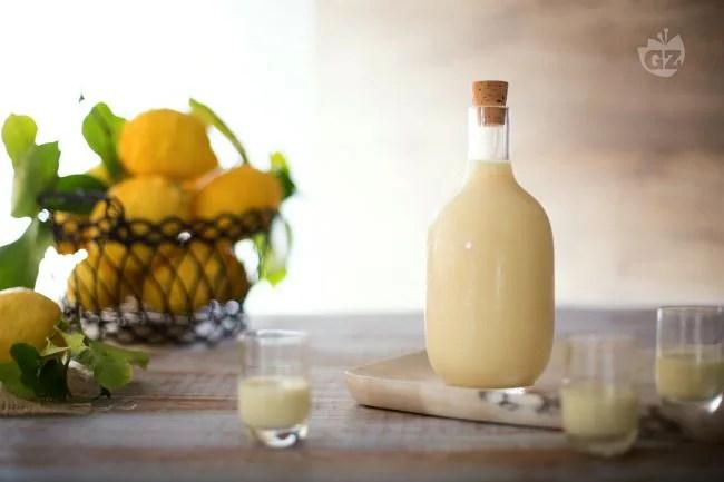 Ricetta Crema di limoncello  La Ricetta di GialloZafferano