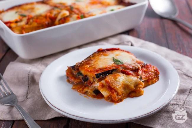 Ricetta Parmigiana di melanzane  La Ricetta di GialloZafferano