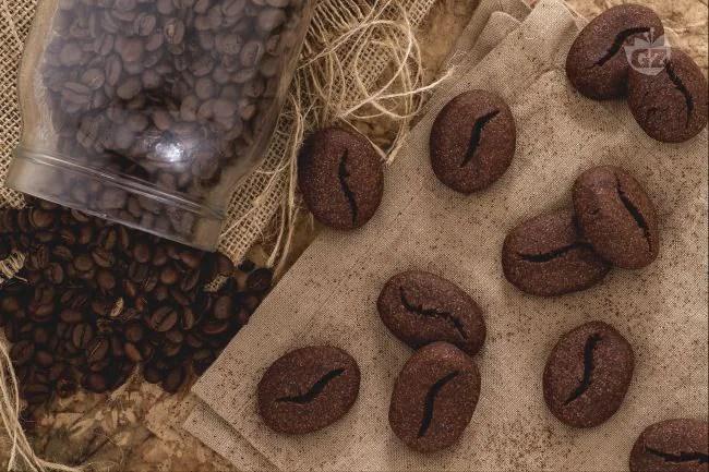Ricetta Biscotti chicco di caff  La Ricetta di GialloZafferano