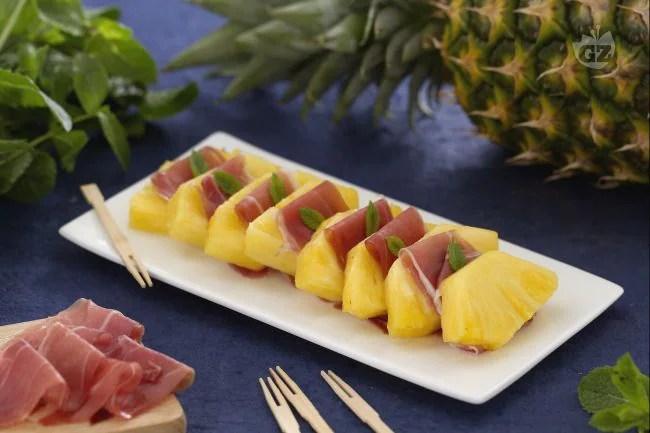 Ricetta Prosciutto e ananas  La Ricetta di GialloZafferano