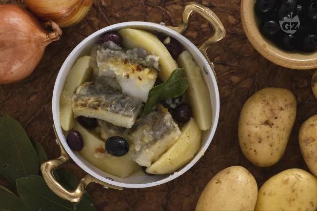 Ricetta Baccal con patate e olive  La Ricetta di