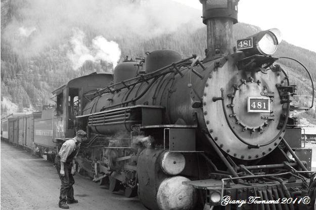 Durango-Silverton-Train-CO-8x6.JPG