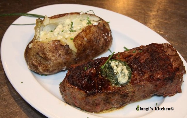 Baked-Potatoes-with-steak-with-Lemon-butter.copy-8x6.JPG