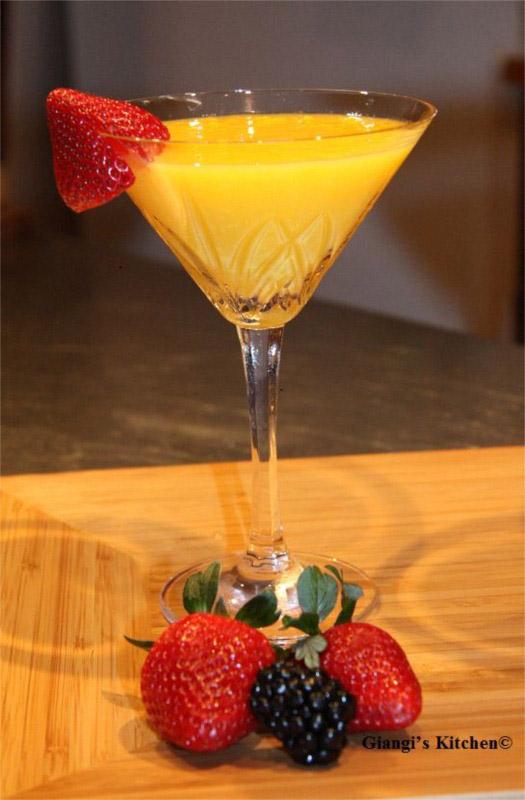 Mango-Martini.-copyJPG-8x6.JPG