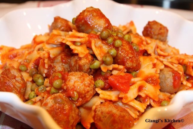 sausage-pasta-copy-8x6.JPG