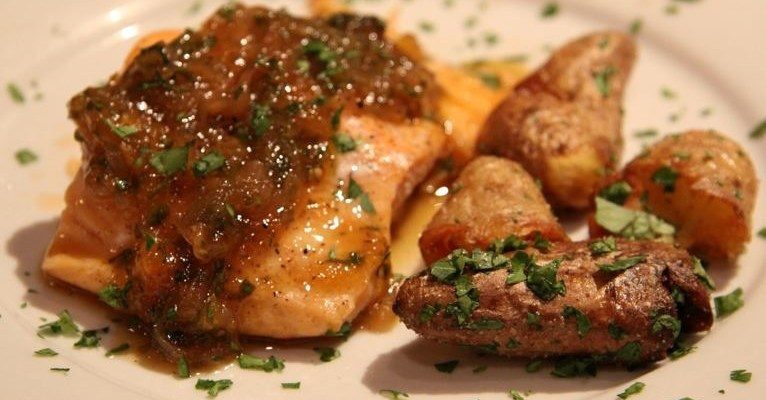 Roasted Salmon with Shallot and Grapefruit Sauce