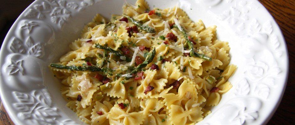 Asparagus and Saffron Farfalle
