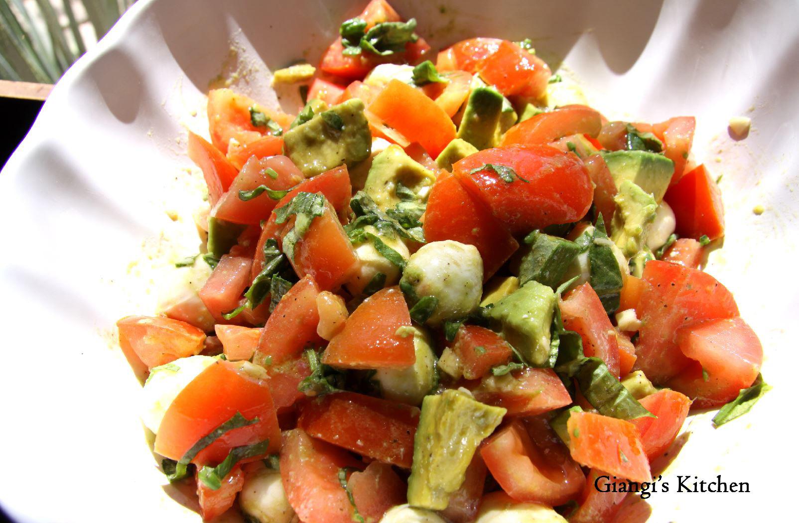 Avocado, mozzarella and tomatoes with vinaigrette 2 copy