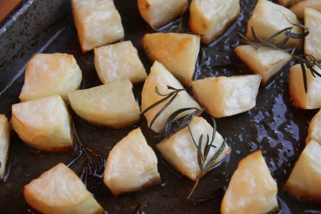 roasted-potatoes-with-rosemary-3
