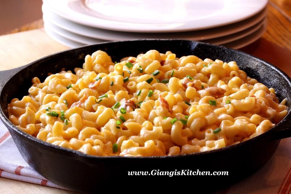 stove top macaroni and cheese. copy