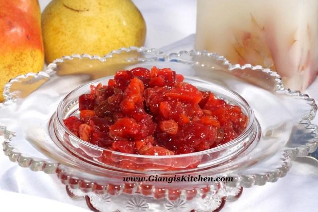 Cranberry sauce with apricots, raisins and orange