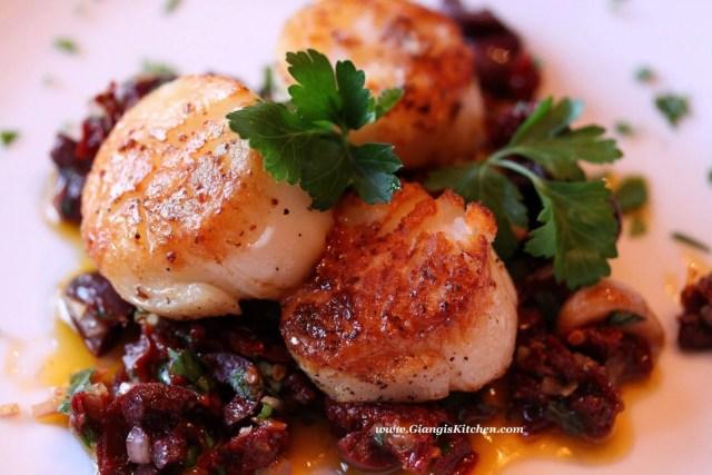 seared sea scallops with garlic
