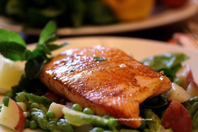 seared salmon with peas, potatoes and mint