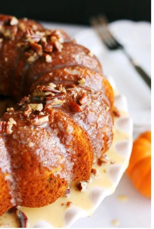 pumpkin peacan cake