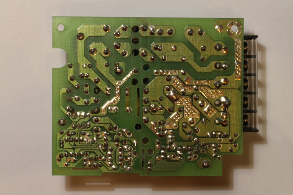 medium resolution of no components on the bottom side of the pcb for this smps
