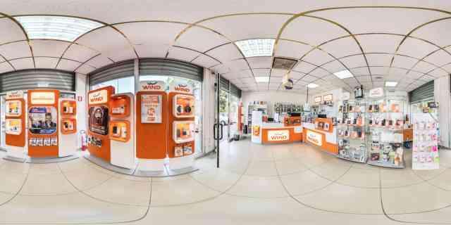 Street View Google e Google Maps - Wind Vignola Bertoncelli SAS Fate una passaeggiata dentro al negozio! Tanti accessori per smartphone!