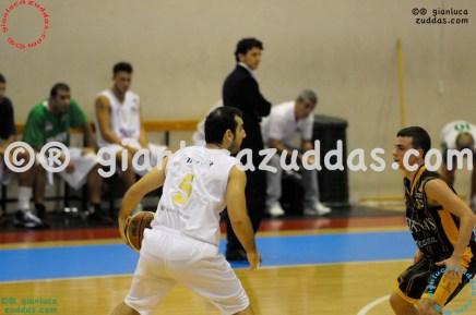 Olimpia Cagliari vs Valentina's Bottegone, 61-52, 22 ottobre 2011 012