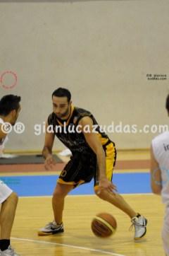 Olimpia Cagliari vs Valentina's Bottegone, 61-52, 22 ottobre 2011 017