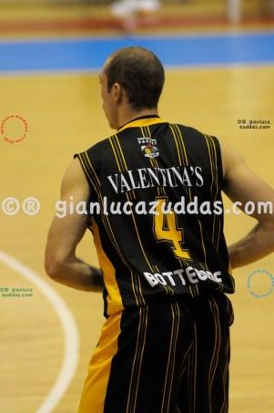 Olimpia Cagliari vs Valentina's Bottegone, 61-52, 22 ottobre 2011 022