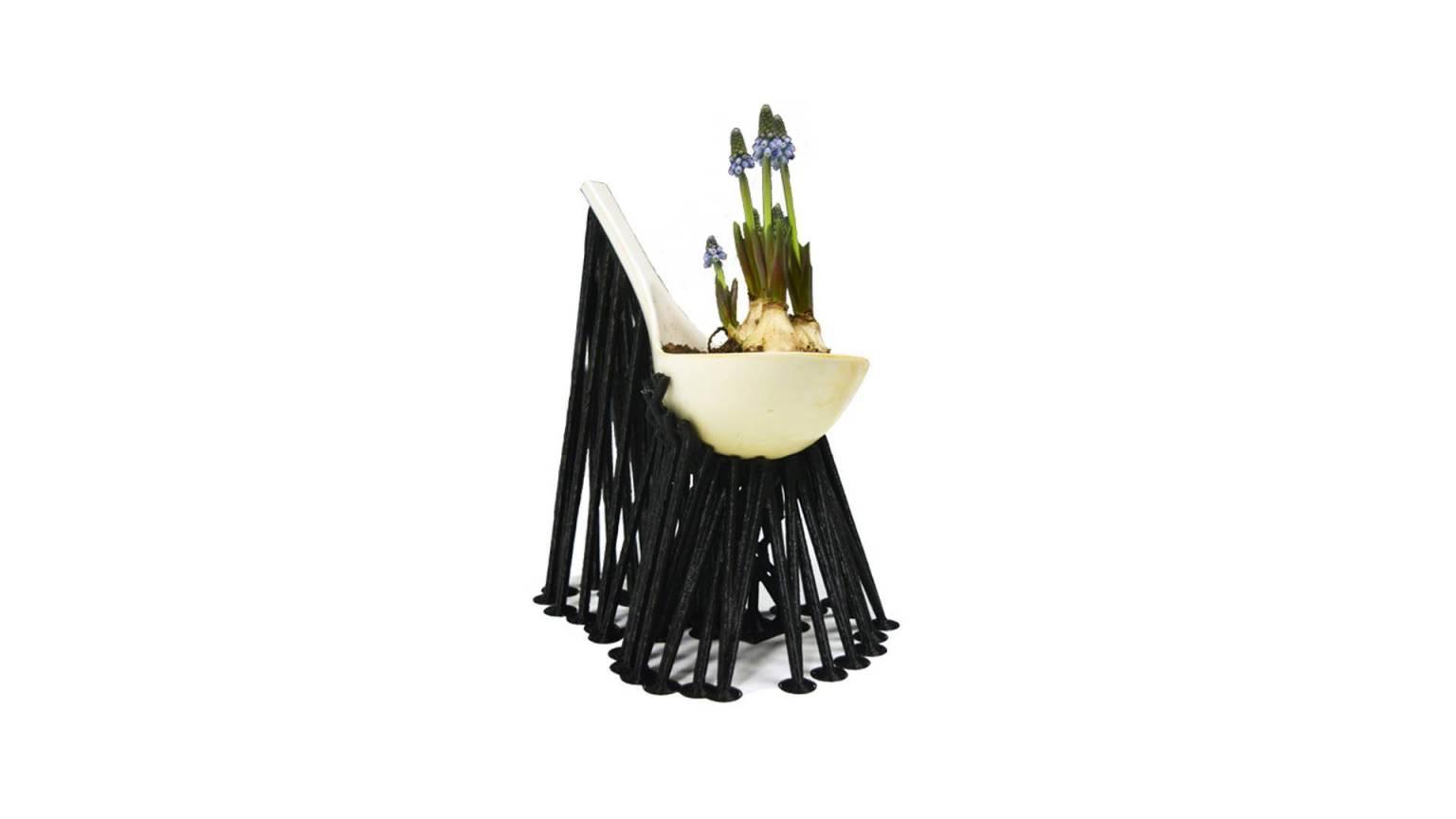 Living Supports Gianmaria Della Ratta Supports black ladle