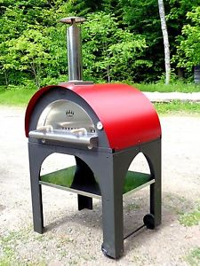 Pulcinella Pizza Oven with Red Roof